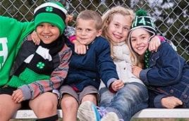 Children in 4-H hats and scarves